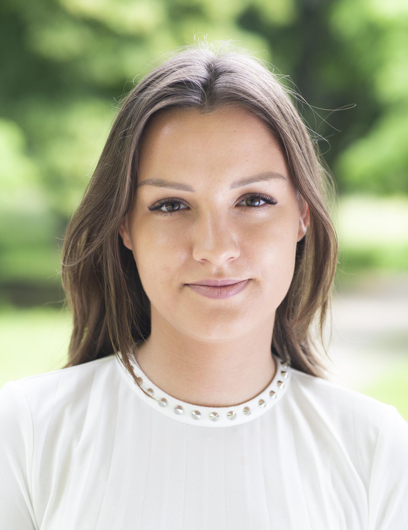 ANNA MIECZNIKOWSKA